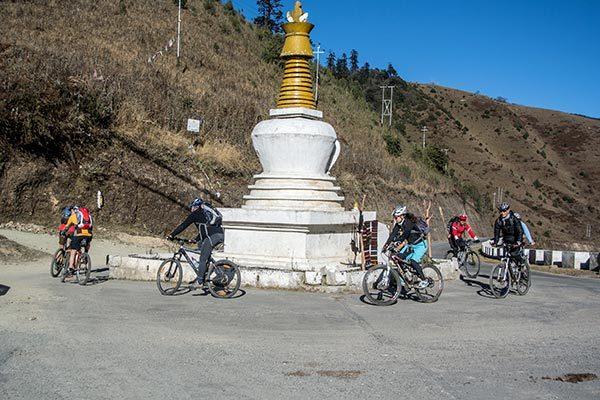 Bikereise durch das Königreich Bhutan