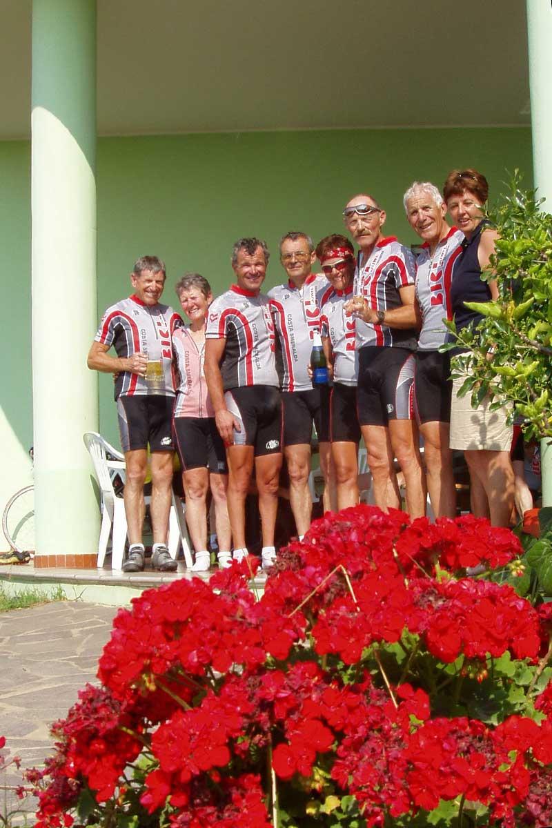 Marco Bissig mit Team von BICI Radsportferien auf Sardinien im Jahr 1999